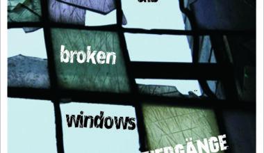 postkarte-vorne_hoch_broken-windows_2-4318998